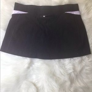 Fila Shorts - Fils Sports Women Skirt W/ Under Shorts Black Sz L